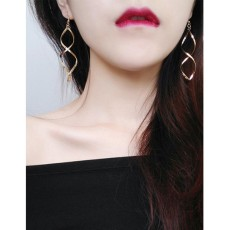 LRC Anting Gantung Fashion Pure Color Decorated Earrings
