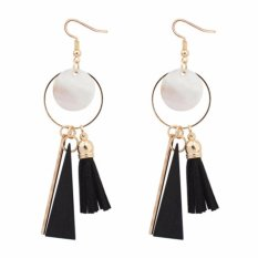 LRC Anting Sweet Black Round Shape Pendant Decorated Simple Tassel Earrings