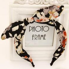 LRC Bando fabulous White Star Pattern Decorated Bowknot Design Fabric Hair band hair hoopIDR19600. Rp 20.000