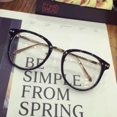 Gaya Korea Retro Sastra makeup kaca polos Pria dan wanita warna hitam  netral Kerangka kacamata paku 573f03a32a