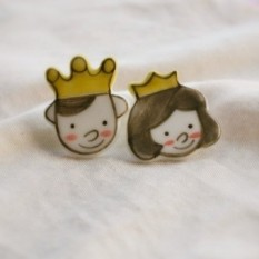 Many literary cute creative gift ceramic lovers porcelain set shu shu prince and princess couple models brooch badge