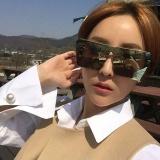 Kacamata Hitam Pria Retro Gaya Bingkai Besar Square Colorful Sunglasses Silver Frame Mercury Lembar Diskon Akhir Tahun