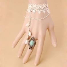 Baru Asli Retro Gothic Lace Gelang Cincin Pakaian Aksesoris Putih-Intl