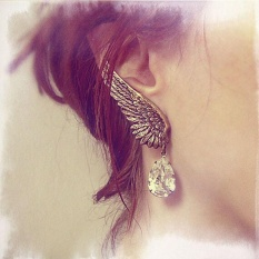 New Retro Exaggerated Personality Angel Wings Water Droplets Ear Clip - intl