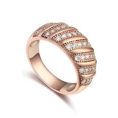 Rose Gold Disepuh AAA CZ Batu Retro Mode Cincin Perhiasan untuk Wanita (Clear)