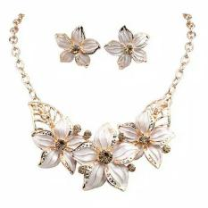 Spesifikasi Set Perhiasan Wanita Kalung Dan Anting Anting Model Bunga Dihias Kristal Imitasi Baru
