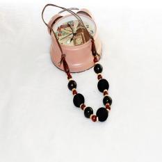 TERLARIS.Rugi kalau tidak memilikinya. Kalung Kayu Murah dari perajin yogya warna etnik ungu