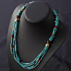 Produk Baru Tersedia Di Pasaran Desain Asli Tipis Hiasan Hijau Loose Stone Kristal Beberapa kalung Sweter Rantai Bohemia Wanita-Internasional