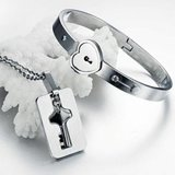 Harga Titanium Pakai Kunci Gelang Kalung Couple Unik Dan Spesifikasinya