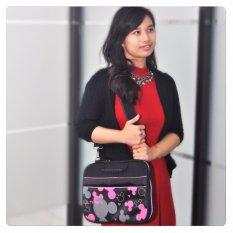 Review Pada Ultimate Tas Bag Cover Softcase Backpack Laptop Pria Wanita Triple Mic 12 Hitam