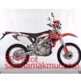 Berapa Harga Viar Motor Trail Crossx 250 Ec Orange Uang Muka Cicilan Di Indonesia