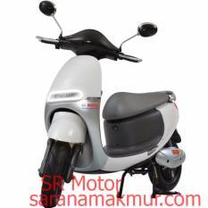 Viar Q1 Sepeda Motor Listrik - Milky White (JATIM) (Putih Susu) Uang Muka Cicilan