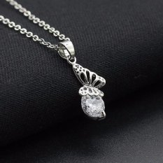 Wanita Diamond Butterfly Liontin Kalung Rantai Kalung Perhiasan Perak