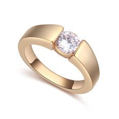 Kuning Emas Disepuh AAA CZ Batu Moonlight Di Kota Cincin Perhiasan untuk Wanita (Clear)