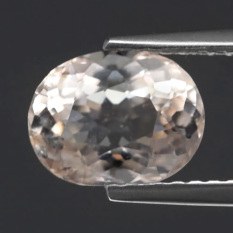 YenzShop MG131 Oval 1.26ct 8.2x6.2x4mm Natural Unheated Light Peach Pink Morganite, Madagaskar