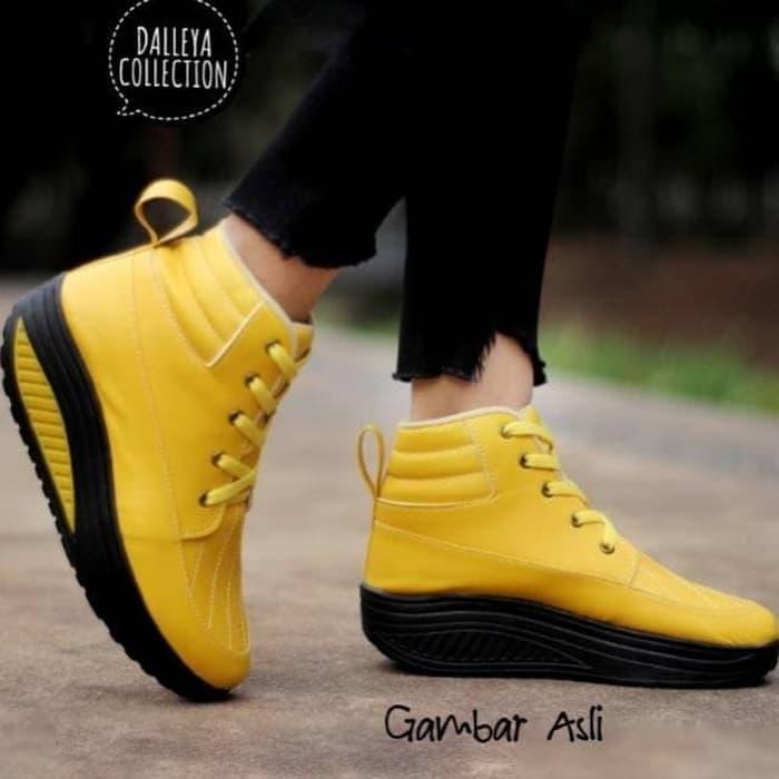 Lilyshoes DUNHILL - Dalleya real pict sepatu Boot hak wanita casual santai cantik sporty