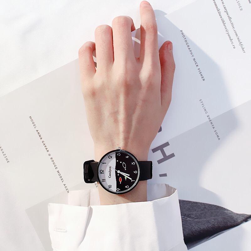 [Bayar Di Tempat]Menonton perempuan meja jelly sederhana lucu jam tangan perempuan segar kecil