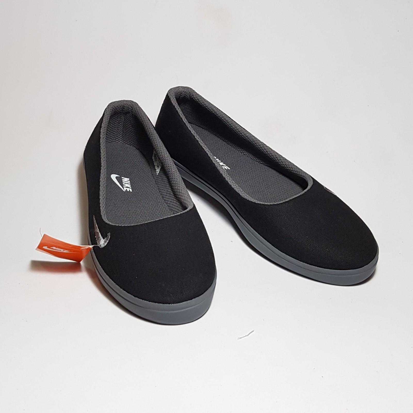 Sepatu import wanita murah / Sepatu kerja wanita / Sepatu santai / Sepatu slip on wanita / Sepatu flat wanita / Sepatu kanvas wanita / Sepatu / Sepatu import / Sepatu wanita / Sepatu cewek / Sepatu kerja wanita / Sepatu murah / Sepatu cewek murah