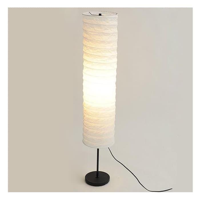 Holmo Lampu Lantai, Memberikan Suasana Cahaya Yang Lembut By Putra Decor.