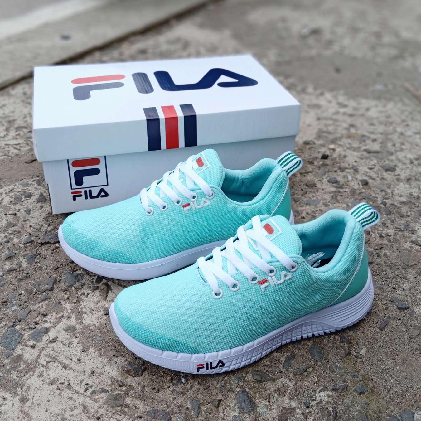 Sneakers Wanita Fila biru .Sepatu kets jalan santai klasik resmi f85201ee85