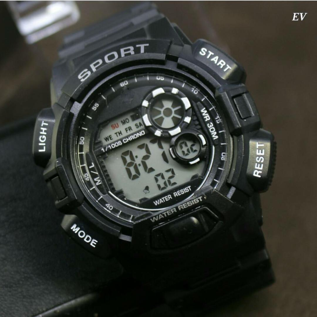 Q&Q JAM TANGAN DIGITAL SPORT PRIA/JAM TANGAN QQ RUBER ANTI AIR LIMITED EDITION/