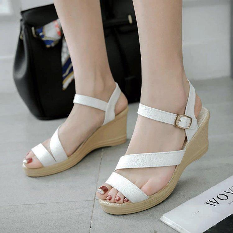 876e56ed925c4 2019 Summer New Style Fashion Sweet Korean Style A-line Closure Waterproof  Platform High Heels