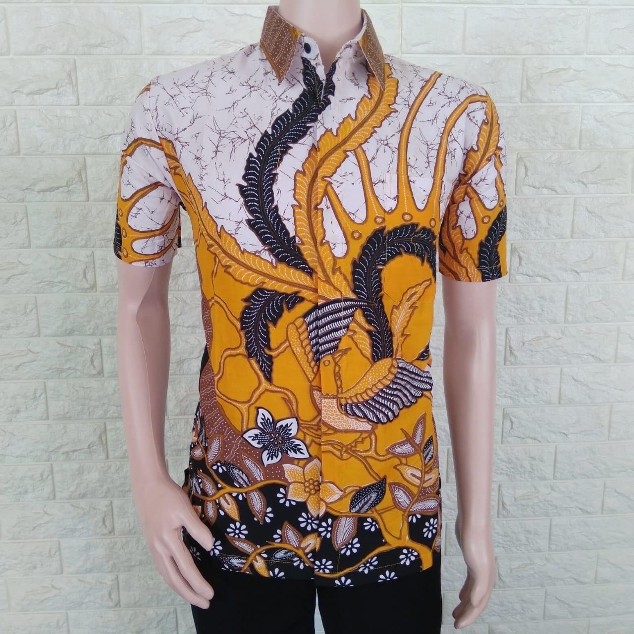 Kemeja Batik Pria Lengan Pendek / Baju Batik Pria Lengan Pendek Kombinasi / Baju Batik Pria Casual Modern Termurah / Batik Pria Kombinasi / Azka Batik