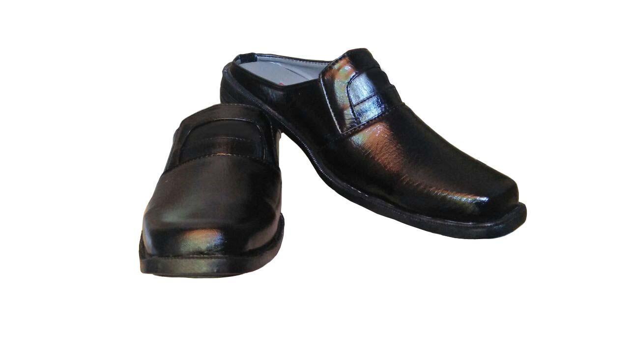 Rp 32.500. Fianabila Sepatu pria Kerja Kantor Slop DLL pantofel - HITAM IDR32500