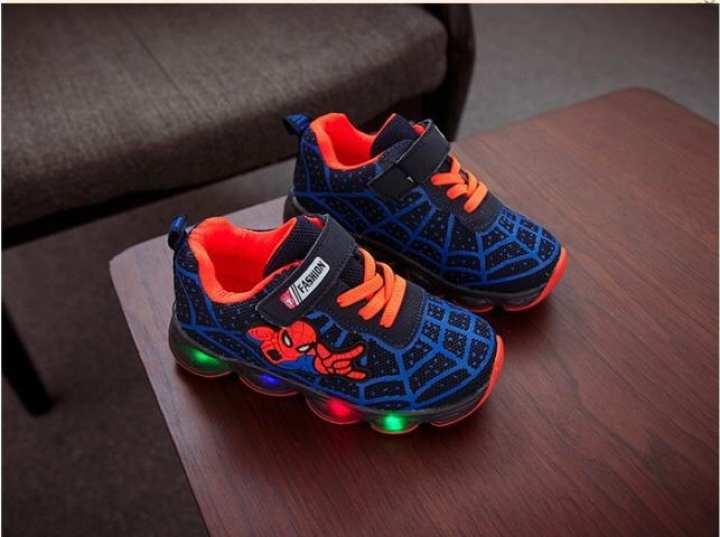 Spiderman LED Sneakers Kids Shoes dengan Lampu LED Sepatu