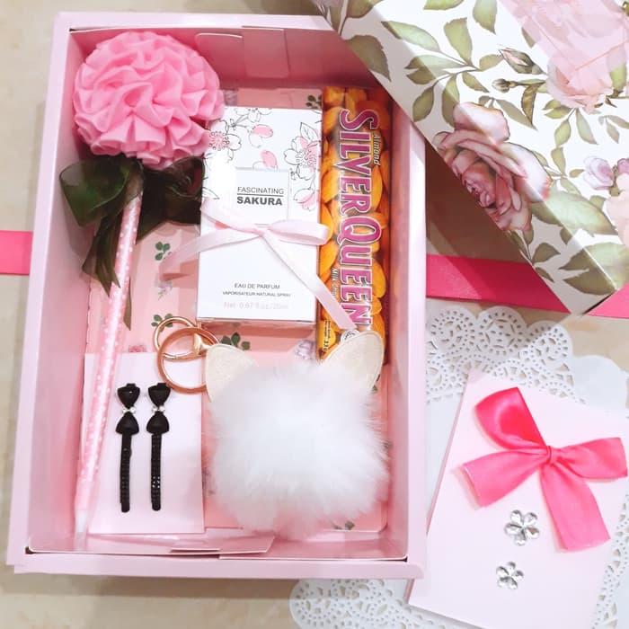 Giftbox Hadiah Ulang Tahun Pacar Cewek Kado Hadiah Unik Untuk Wanita Lazada Indonesia