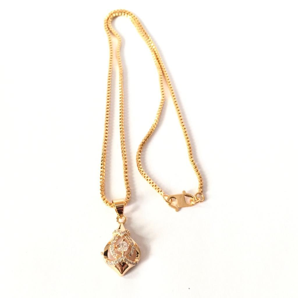 Kalung Xuping Perhiasan Cantik Wanita Liontin Permata Silang - Xuping Gold 03