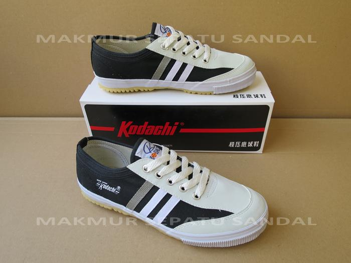 TERLARIS Sepatu Capung - Kodachi 8112 - Black / Hitam - cvYjEHbP