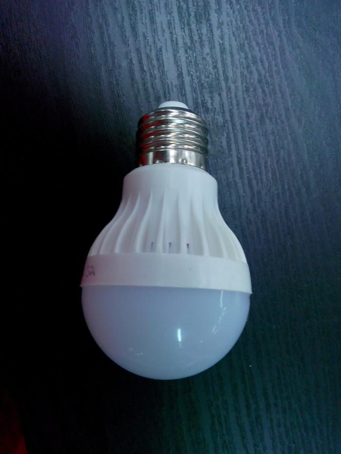 TERLARIS !!! lampu led dc 12 volt 5 Watt ( 12v 5w ) fitting e27 aki accu solar cell SEDIA JUGA Fitting sensor/Fitting lampu gantung/Fitting lampu plafon/Fitting colok/Fitting kombinasi/Fitting lampu hias/fitting lampu otomatis