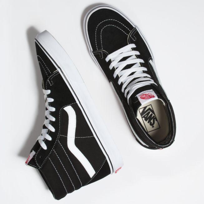 Sepatu Sneakers pria SK8 original Sneakers Made In Indonesia. Ke Toko 30f24d5995