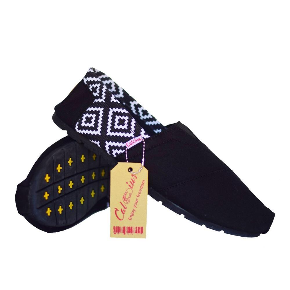 ac971f02973 Calcius Slipon (KODE K 03) Sepatu Slipon   Loafer - Sepatu Kasual Pria  Wanita