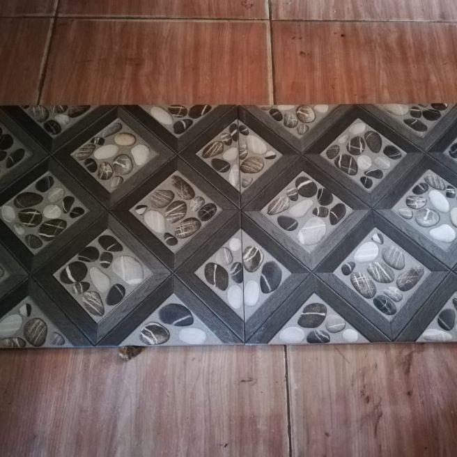 Keramik Lantai Ubin Motif Batu Kasar Ukuran 40x40 Lazada Indonesia