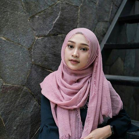 BISA COD Hijab Pasmina Crinkle warna terlengkap / jilbab Pashmina Crinkle warna terlengkap-Abenk shop