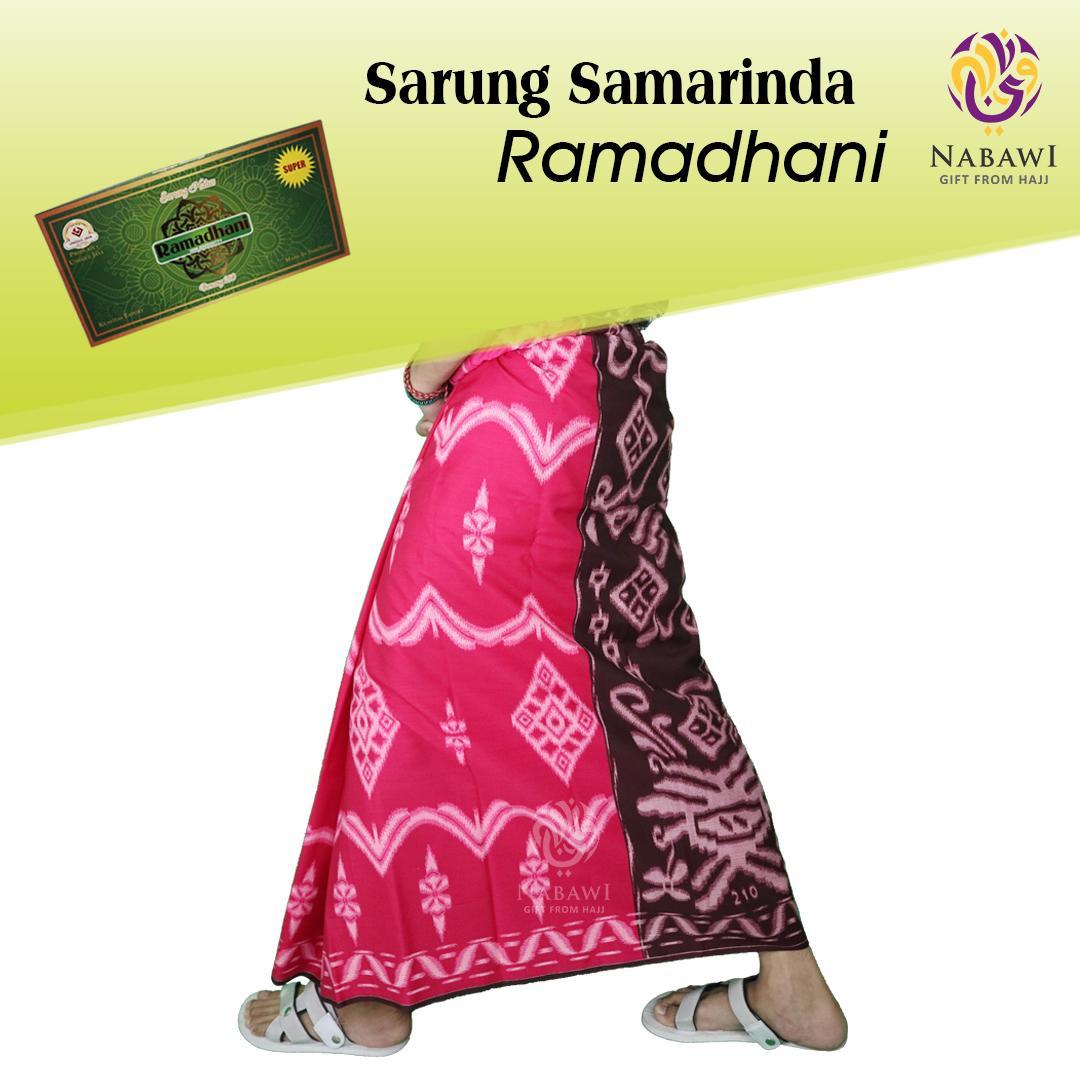 Sarung Samarinda Ramadhani/Sarung Tenun Samarinda/Grosir Sarung Murah/Oleh Oleh Haji Umroh