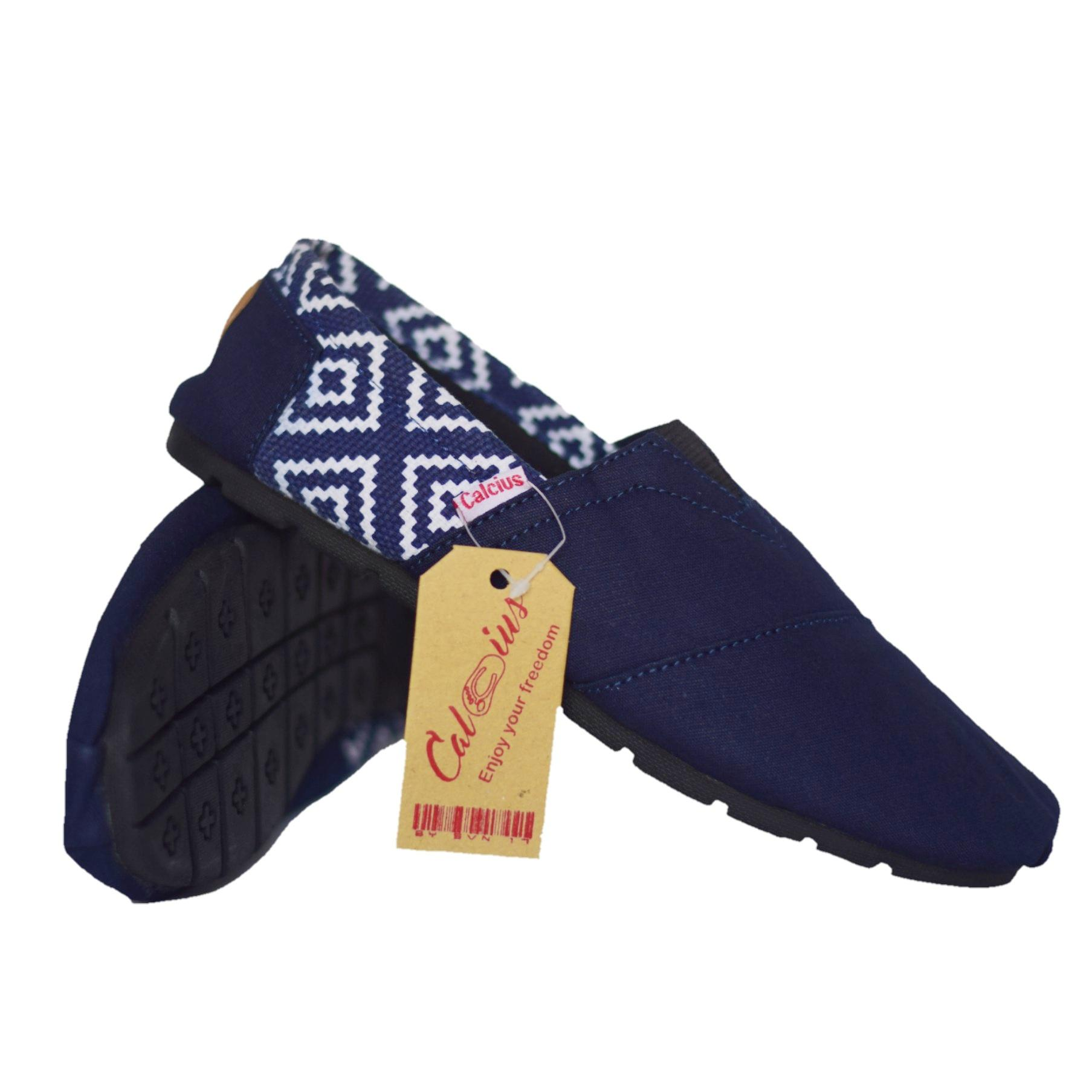 Calcius Slipon (KODE K 03) Sepatu Slipon   Loafer - Sepatu Kasual Pria  Wanita 2c1aff7282