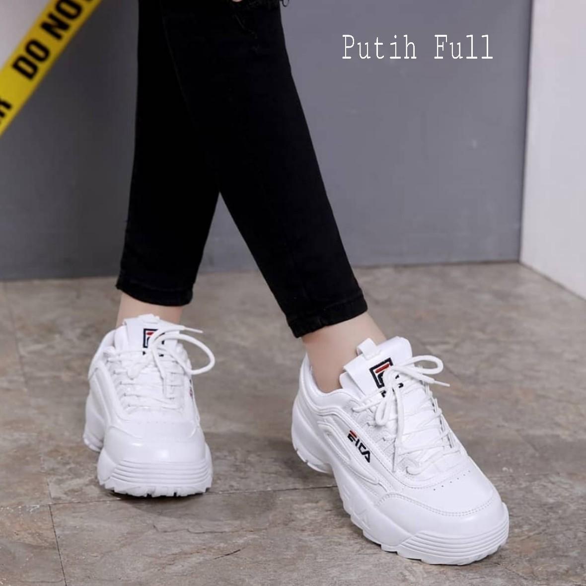 101+  Model Sepatu Wanita Fashion Paling Keren