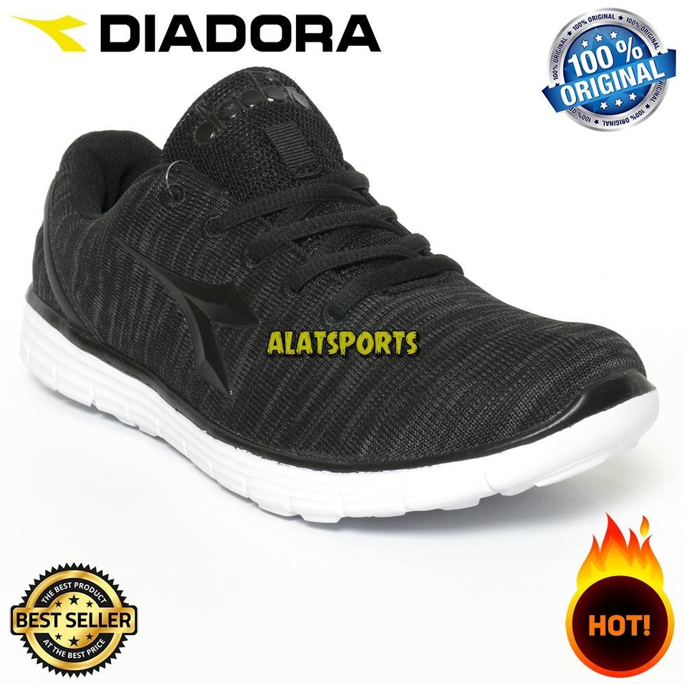 Sepatu Running Sneaker Pria Diadora Gio (M) DIAX8F0702BK - Black ORIGINAL