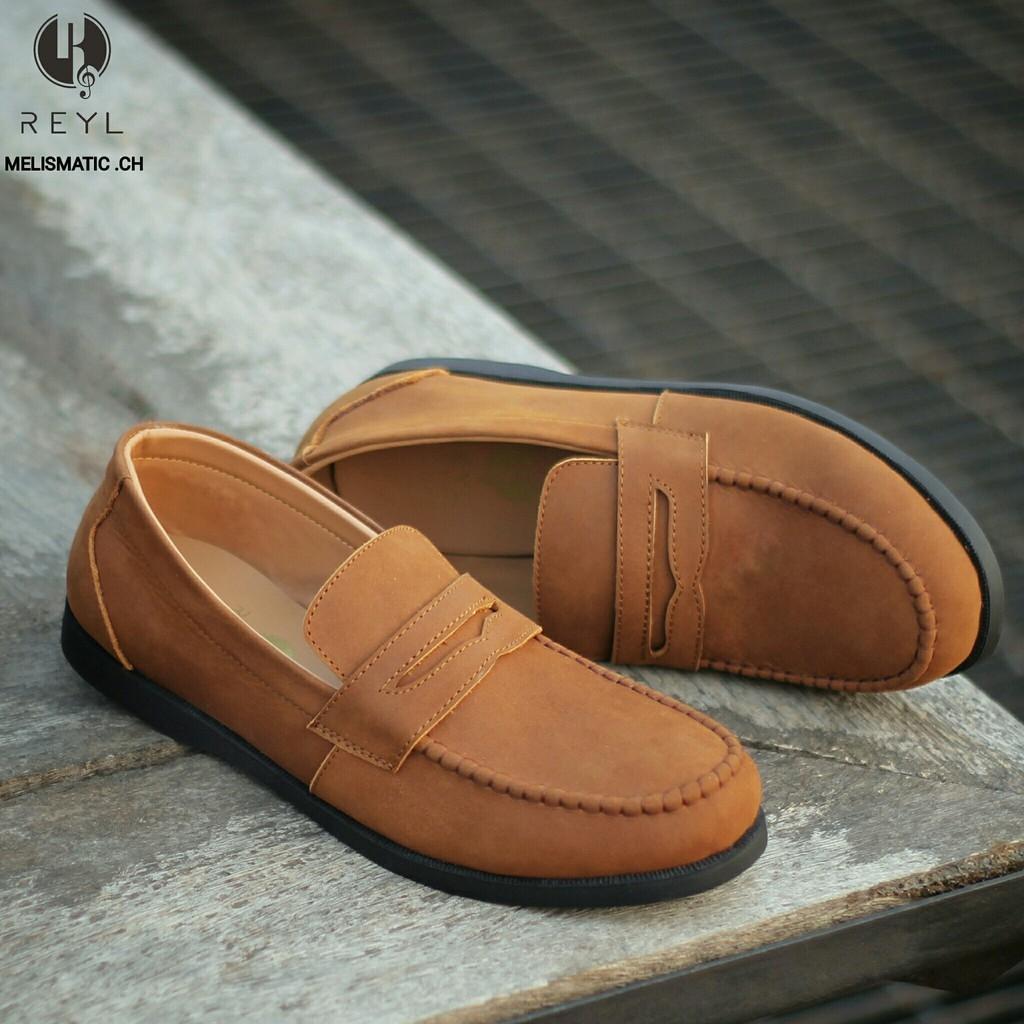 Sepatu Loafers Formal Pria Kerja Kantor Resmi Kulit Asli Pantofel Slop Slip On Selop Casual Remaja Anak Muda Rapih Berkelas Trendy Elegan Stylish REYL