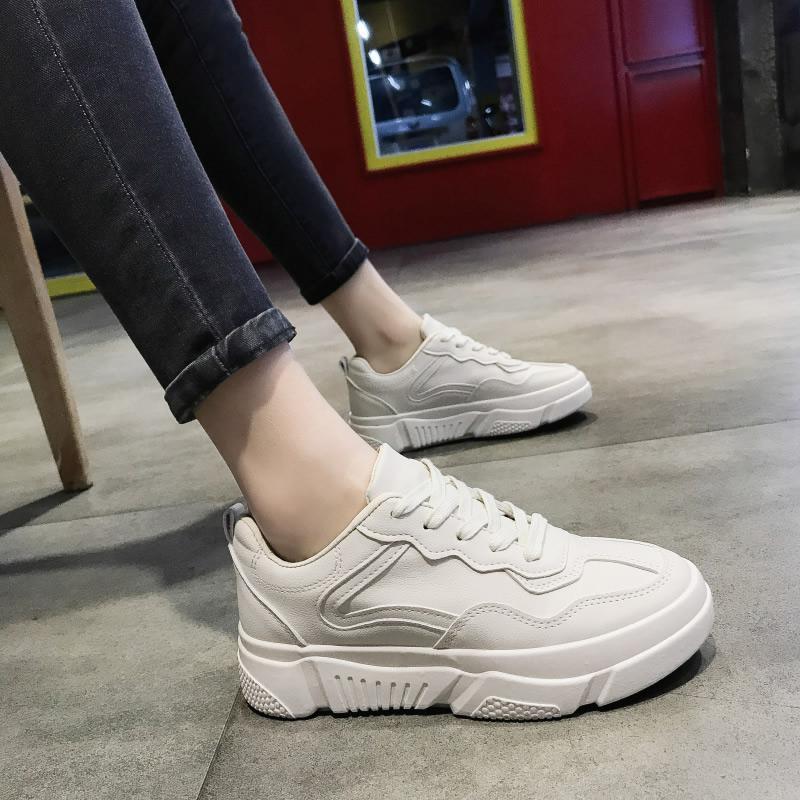 รองเท้าสีขาวหญิงคอลเลคชั่นฤดูใบไม่ผลิ 2019 ใหม่นักเรียนพื้นหนา Th สีแดงไฟสไตล์เกาหลีรองเท้าผ้าใบทรงสูงเข้าได้หลายชุดผูกเชือกรองเท้าออกกำลังกาย By Taobao Collection.