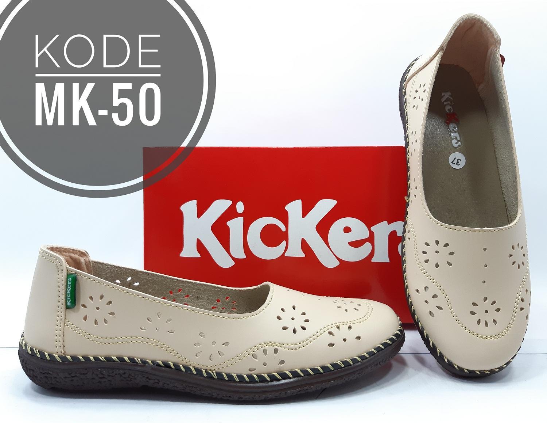 Sepatu Wanita Kickers slip on Sepatu Casual Kode MK-50 393a6fc60c