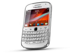 Blackberry Bold Touch 9900 Daktoa - 8GB - Putih