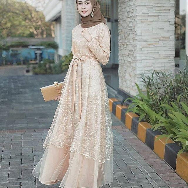 Jildan Dress / Gaun Pesta / Baju Kebaya Terbaru / Kebaya Wisuda / Kebaya Modern / Dress Wanita Muslim / Long Dress / Kebaya Kekinian / Dress Remaja / Dress Syari / Gamis Modern / Gamis Wanita Terlaris / Dress Wanita Terbaru 2019 / Fashion Wanita / Abaya