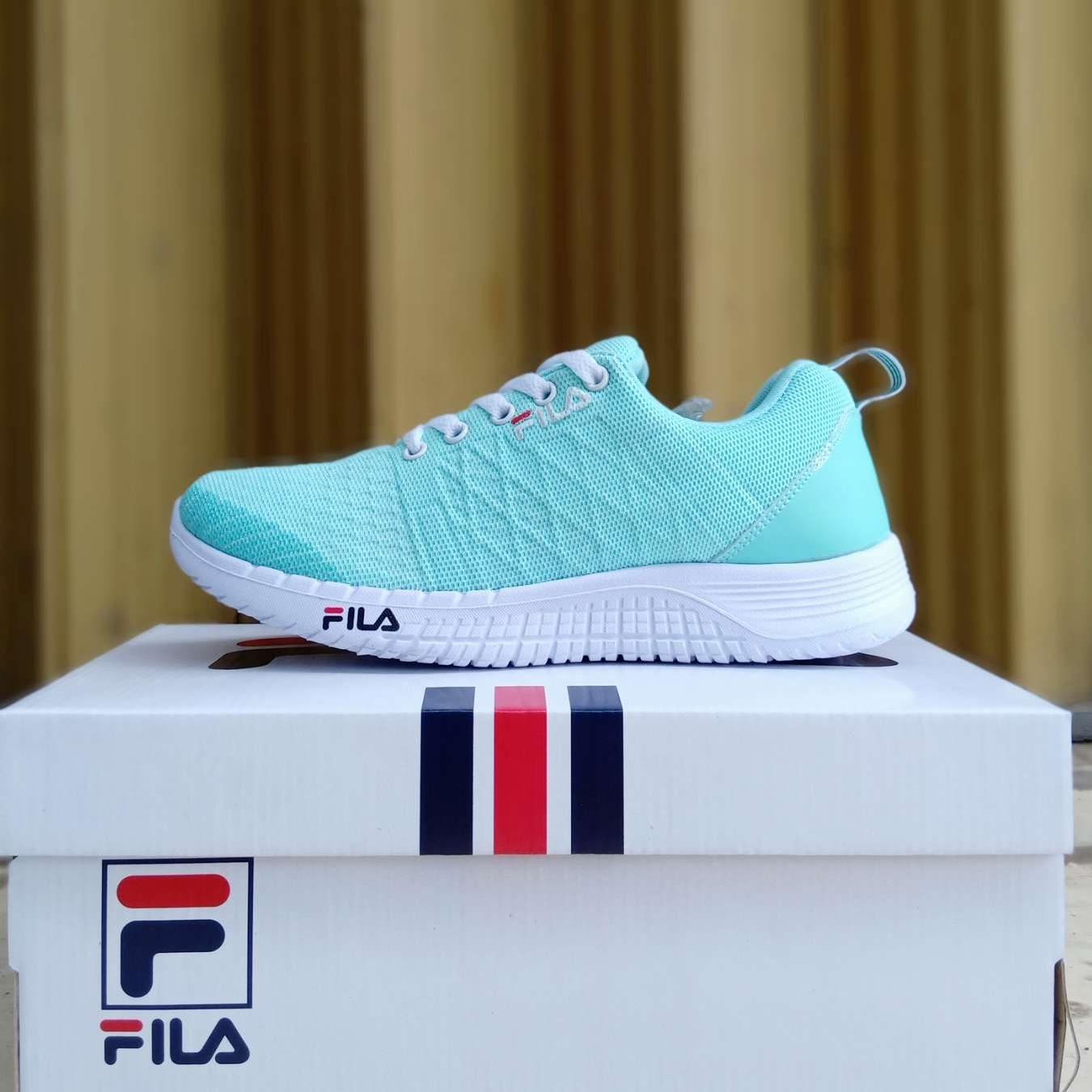 Jual Sepatu   Pakaian Olahraga FILA  b89061bc85
