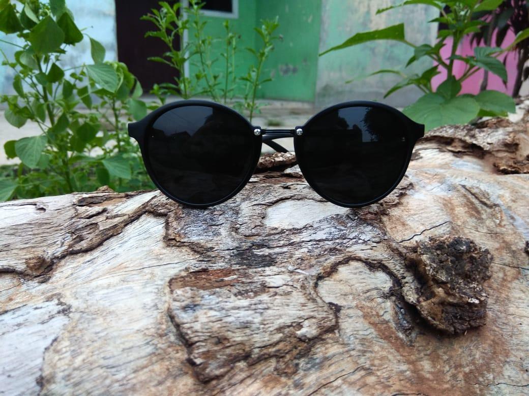 Kacamata Korea Fashion Style - Kacamata Oval Item Besar - Fashion - Pria dan  Wanita - 180694e72d