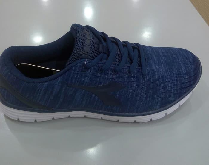 Jual Sepatu Lari Pria Diadora Terlengkap  3199b379f7