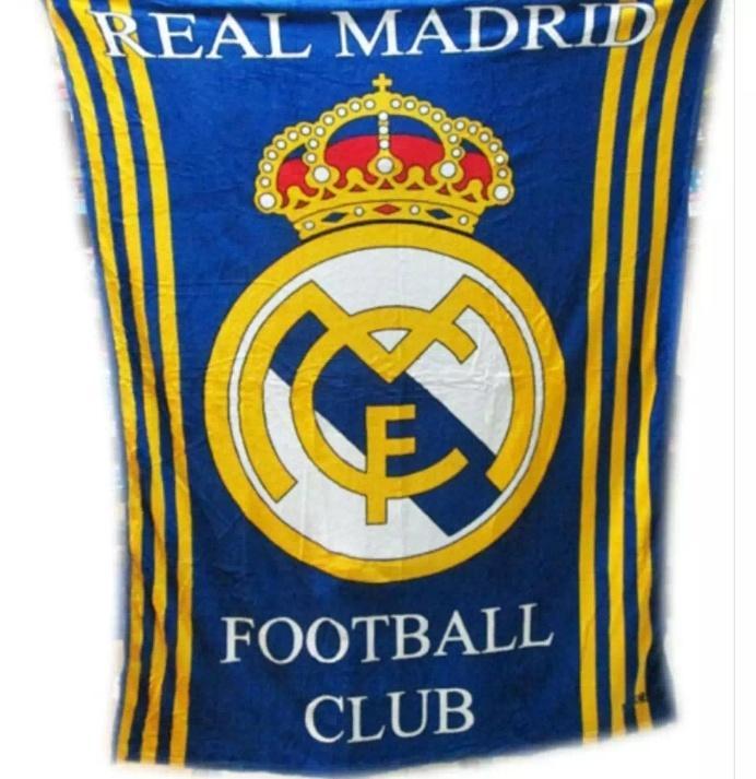 Selimut Motif bola Real Madrid Bulu Halus 3D Kualitas Import Ukr 150x200 Lembut Dan Nyaman Dipakai